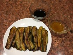 Fried eggplants with soy sauce and fresh kalamansi