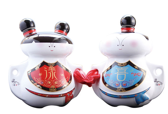 喜狀元、漾兒紅/酒瓶【藏酒酒莊】 The wine of champion and Nuaer Hong.