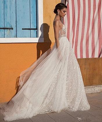 Verngo 2021 New Design Appliques Tulle Evening Dress Boho Side Slit V-Neck