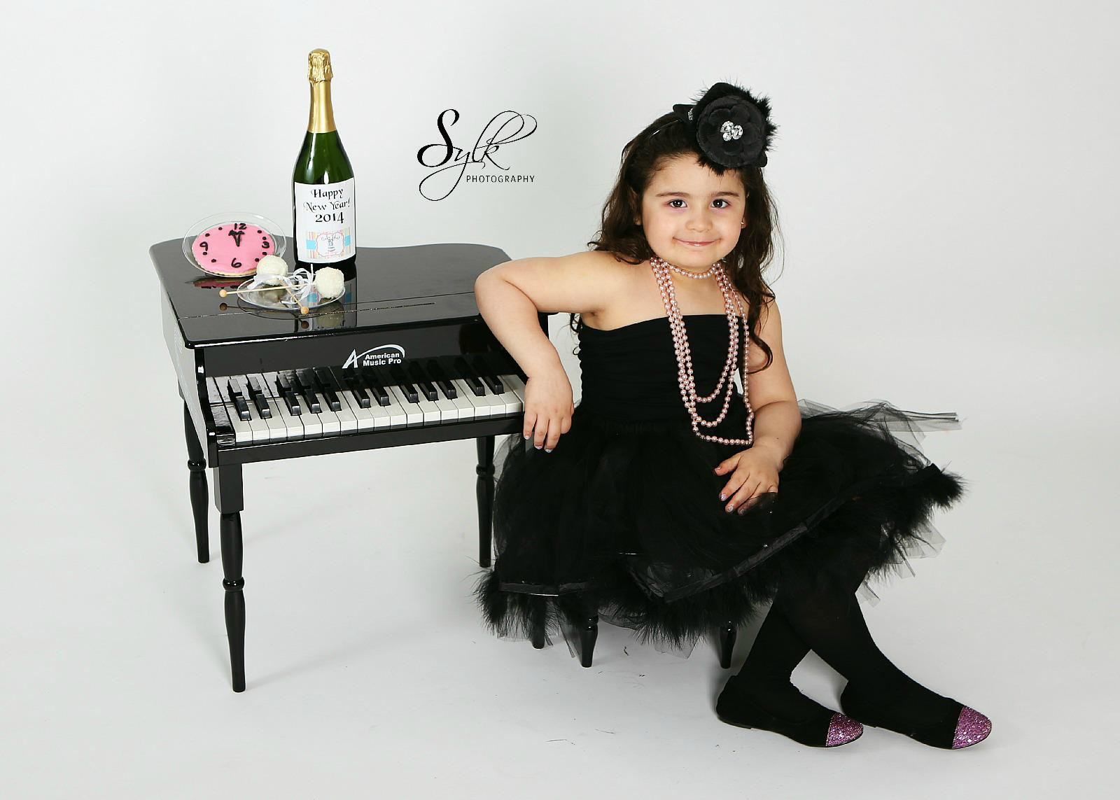 New Year's chic Tutu set $25