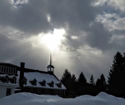 Sun in Mont St-Bernard
