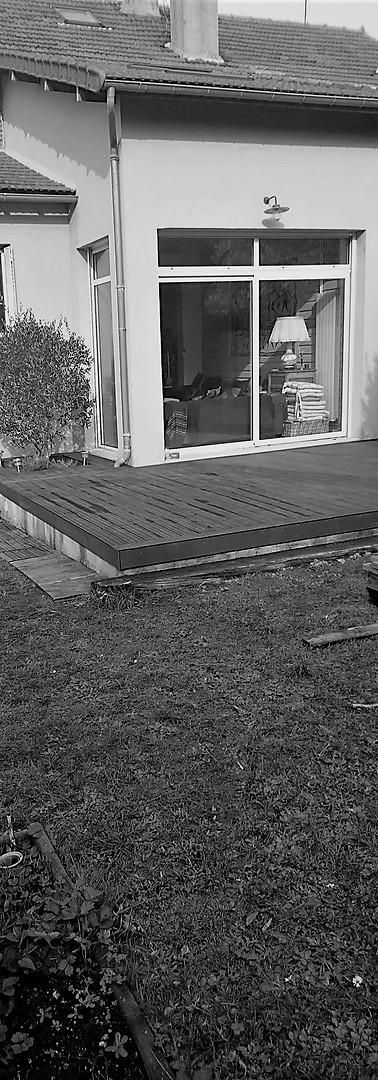 Embellissez votre extérieur grâce à une terrasse.
