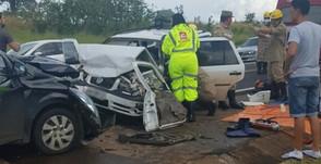 Acidente com três veículos deixa sete feridos na BR-050 em Catalão, GO
