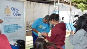Saneago coleta 828 litros de óleo no Drive Thru Lixo Zero