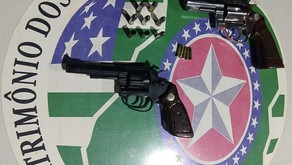 Polícia Militar realiza prisão em flagrante de autor de homicídio e apreende armas em Goiatuba