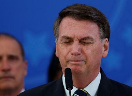 Bolsonaro nega interferência na PF e acusa Moro de negociar troca de comando por vaga no STF