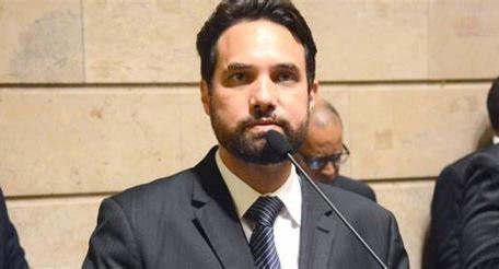 Caso Henry: vereador Dr. Jairinho é preso no Rio