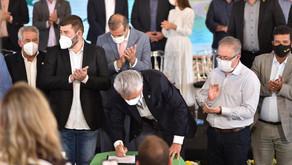 Caiado sanciona lei que amplia DAIA e permite geração de 5 mil novos empregos