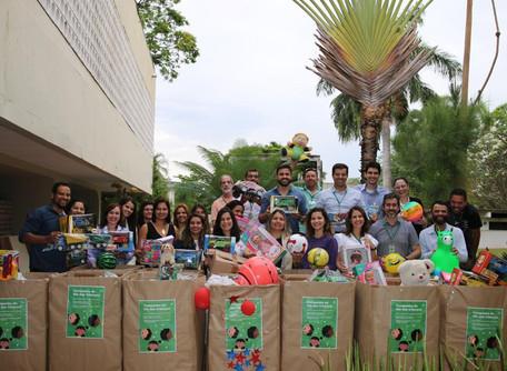 Governo de Goiás promove doação de brinquedos e ações divertidas para o Dia das Crianças