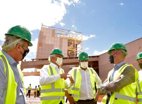 Em Morrinhos, Caiado visita empresa canadense que está investindo R$ 60 milhões em Goiás