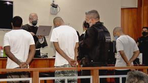 Após 15 horas de júri, jovens são condenados por matar transexual e jogar corpo em meio ao lixo