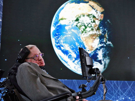 Stephen Hawking, físico britânico, morre aos 76 anos