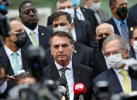 Bolsonaro vai a STF com empresários para pressionar contra medidas restritivas dos Estados