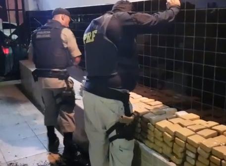 PRF e PM, em ação conjunta, fazem a maior apreensão  de droga do ano em Catalão