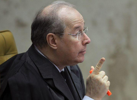 STF abre inquérito para apurar acusações de Moro a Bolsonaro