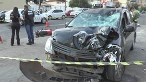 Motociclista gira no ar e morre após ser atingido por carro que entrou na contramão da Avenida 85