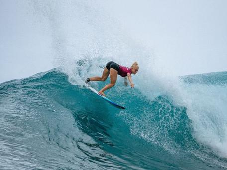 Surfe: Tatiana Weston-Webb avança para quartas de final do Maui Pro