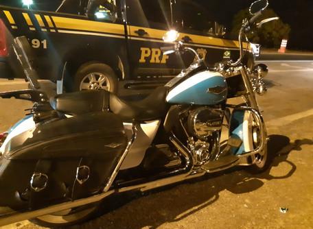 Harley Davidson roubada em são paulo é recuperada pela PRF em Catalão