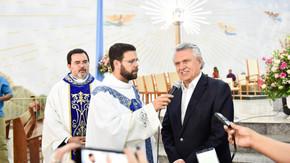 """Governador pede que romeiros reforcem o combate à """"corrupção incrustada há 20 anos no Estado"""""""