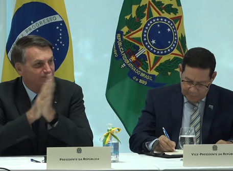Reunião ministerial de Bolsonaro: assista ao vídeo na íntegra e leia transcrição