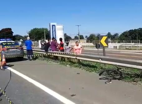 Colisão entre carro e bicicleta mata ciclista na BR 153, em Goiânia