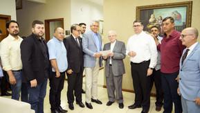 Governador Ronaldo Caiado anuncia restauração de igreja em Jaraguá