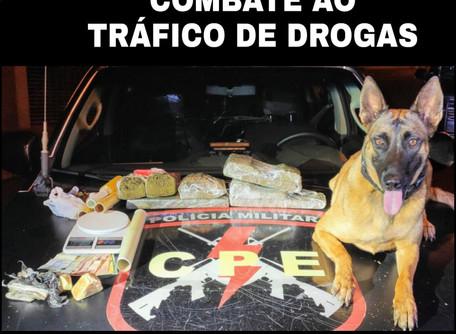 CPE prende duas traficantes que vendiam droga do gerente do tráfico que está preso.