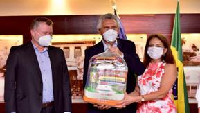 OVG recebe doação de 2,7 mil cestas básicas da mineradora Anglo American