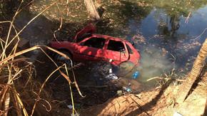 Três jovens e três adolescentes morrem após carro cair de ponte, em Luziânia
