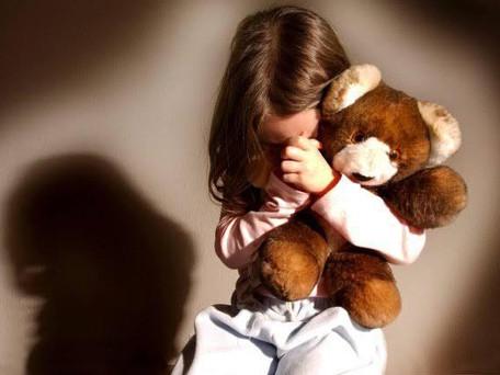 Idoso é preso por abusar de sua neta de 09 anos