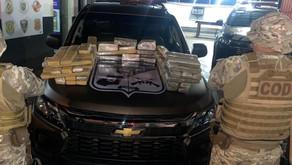 Motorista é preso com 100 kg de maconha escondida em porta-malas, em Rio Verde