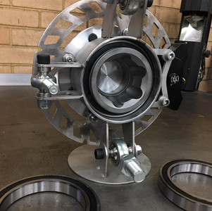 Proformance Ultra Narrow SXS Hubs with Tyre Inflation
