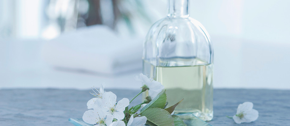 7 Health-Boosting Essential Oils and How to Use Them At Home or On-The-Go
