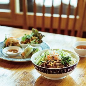 混ぜるほどうまいベトナム式冷麺【Xích Lô本鵠沼店/藤沢】