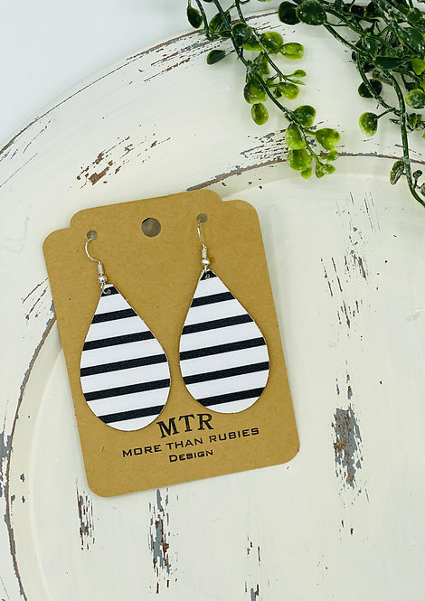 UNIQUE NAVY STRIPED LEATHER EARRINGS