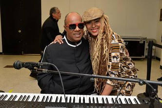 Stevie Wonder & Navasha Daya