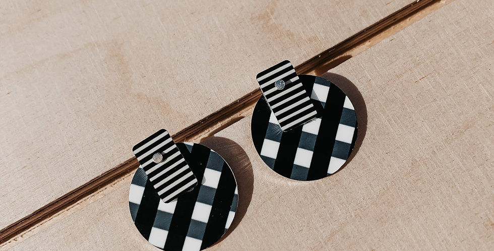 Layered Circle Stud Earrings- Ebony Striped Gingham