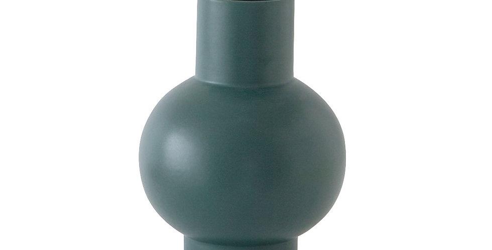 Raawii Strøm Vase Small | MoMA