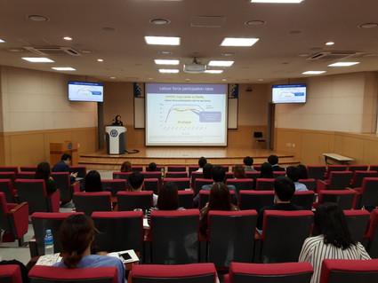 韓国延世大学にて国際シンポジウム