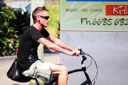 guy on bike up.jpg