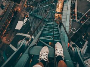 Merdiveni Yanlış Duvara Dayamak