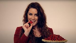Waitress the Musical - London - BTS Cast video