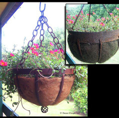 """""""Rustic Hanging pots"""""""