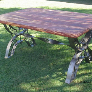 """""""Roman greco"""" dining table (side-view)"""
