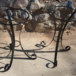 """""""Hourglass"""" plant stand"""