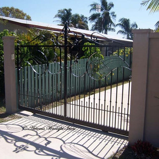 Combination contemporary free- form sliding gate  (2 of 2).