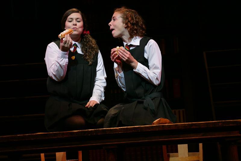 Daisy Pulls It Off - Lyric Theatre