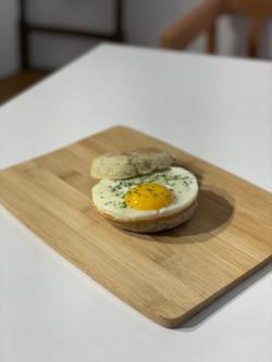 Egg Waw muffin