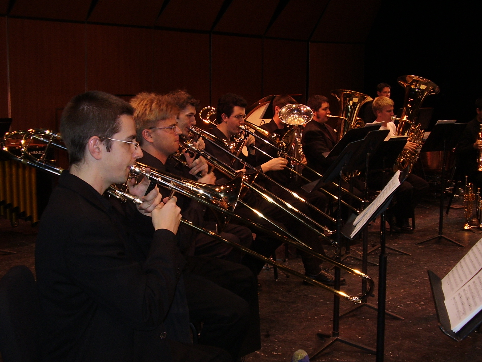 brass_choir_trombones