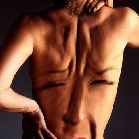Nek-, schouder- en rugmassage